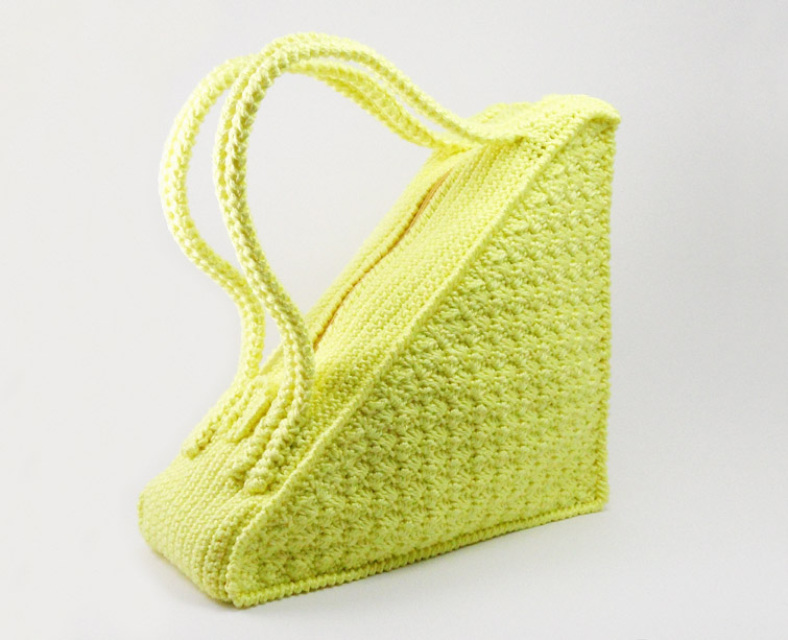Crochet Bag Bamboo Handles Pattern : Crochet Pattern for Triangle Bag with flat handles - P0001